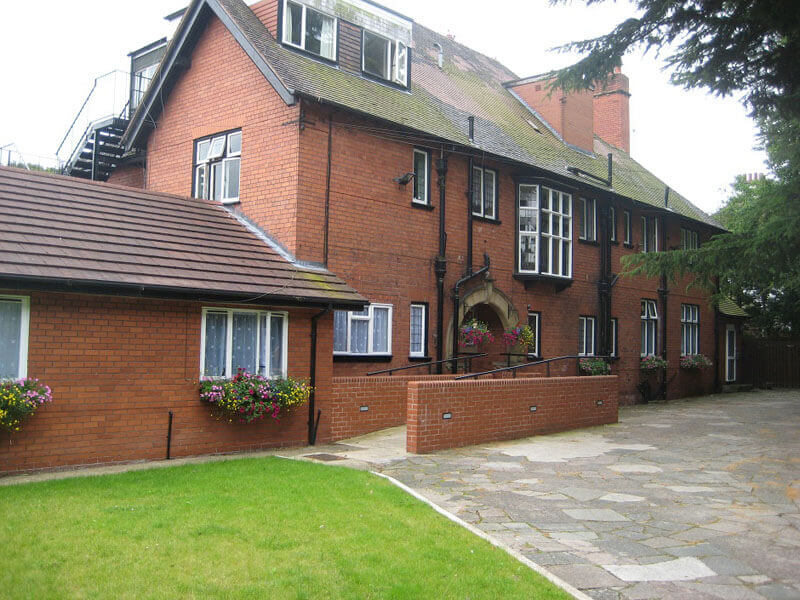 Luxury Nursing and Residential Dementia Care - Dundoran Wirral