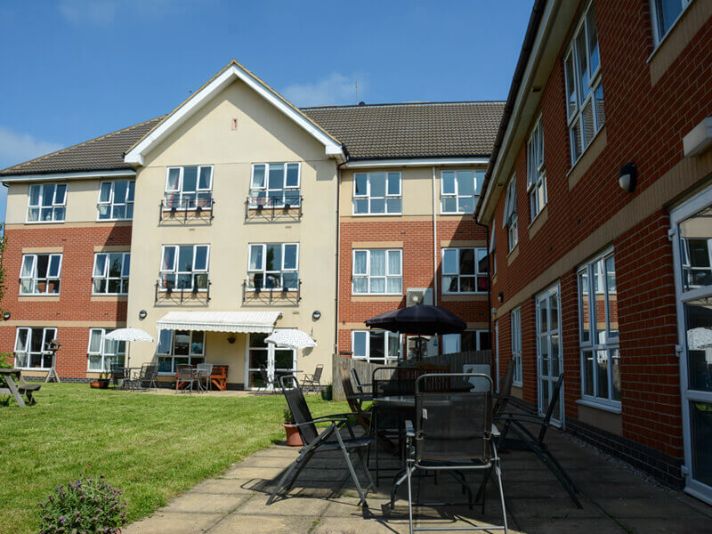Luxury Nursing and Residential Dementia Care - Willows Lodge Tilbury